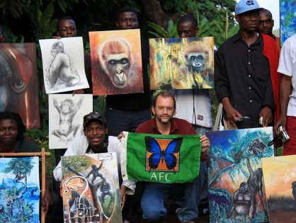 World Renowned Artist Paints in Limbe Wildlife Centre